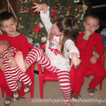 christmas card fail  www.sistersshoppingonashoestring.com