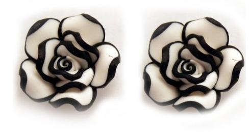 Rose Earrings Amazon Trimmed Rose Stud Earrings