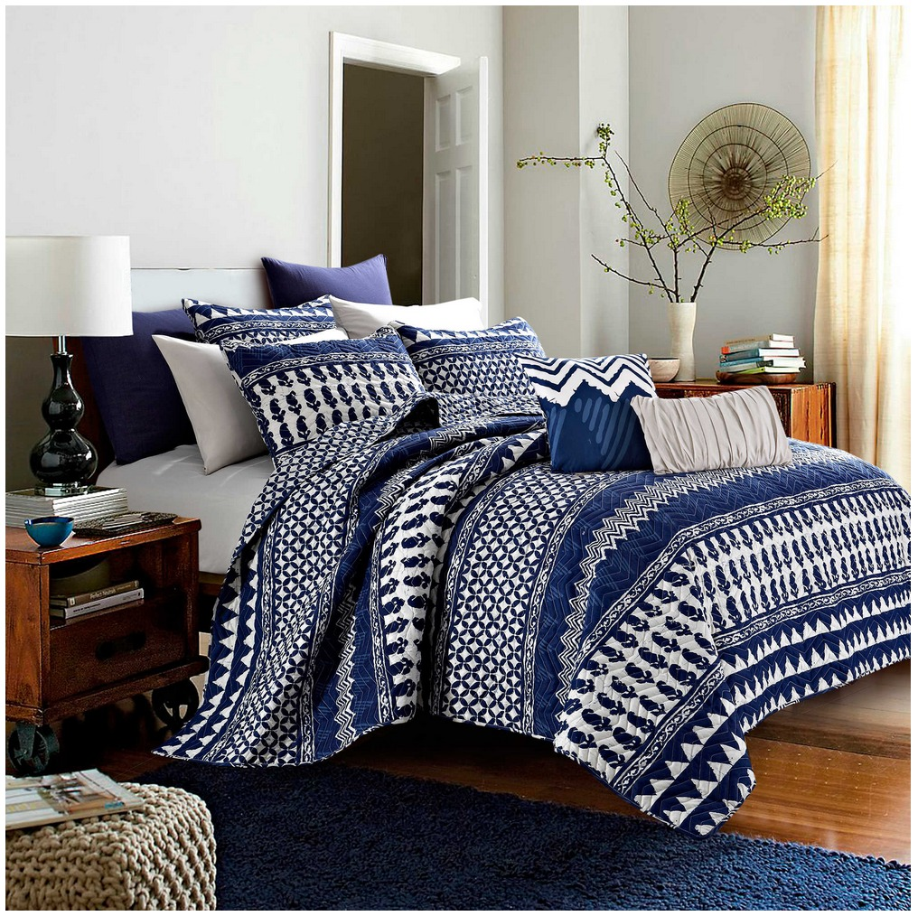 Bungalow Reversible 9 Piece Quilt Set In Navy Only 49 99